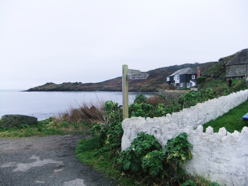 Coverack path sign